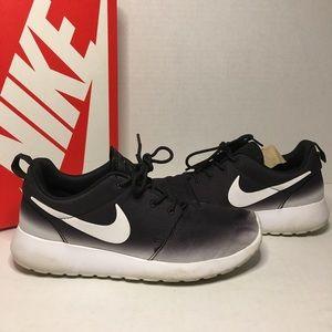 Nike Roshe One Gradient Black & White